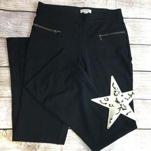 Max Studio Black Dress Pants Size Small - B-16